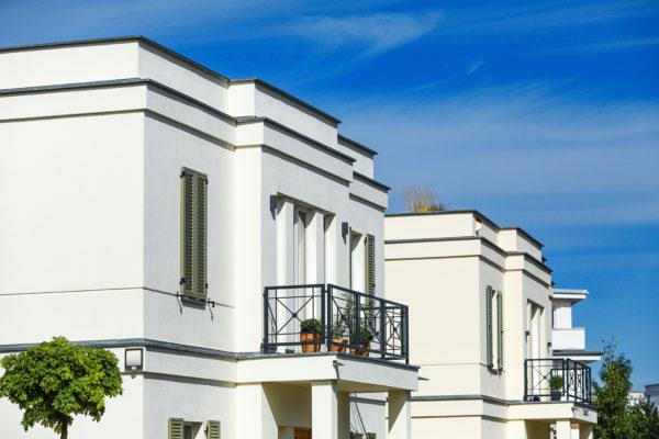 08_Klassizistische Architektur - aufwendige Fassadengestaltung