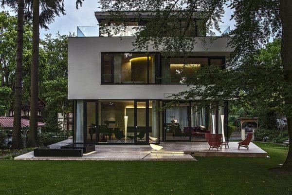 14_Modernes Einfamilienhaus - transparentes Erdgeschoss