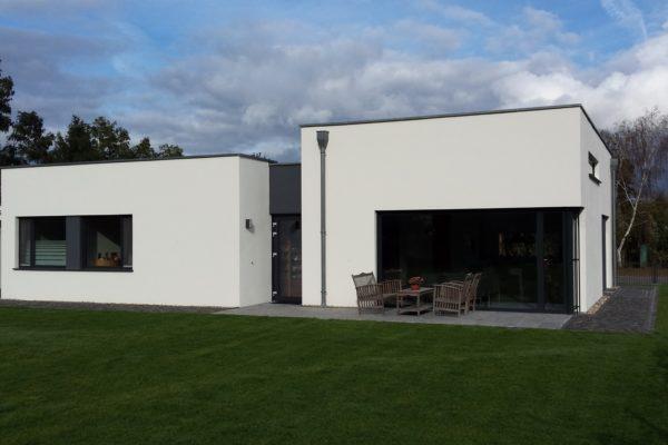 29_Einfamilienhaus - Bungalow im Bauhausstil