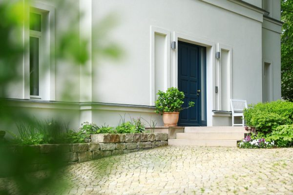 Villa im Landhausstil Eingang